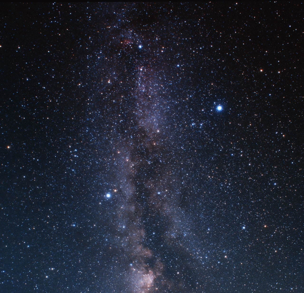 Milky-Way towards the constellation of Cygnus (ground-based imag